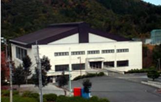雨山体育館の画像