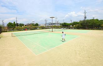 守山町公園テニスコートの画像