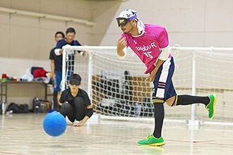 #004 ゴールボール 感覚を研ぎ澄ましてトライ!誰もが楽しめる新感覚スポーツ「ゴールボール」のサムネイル画像