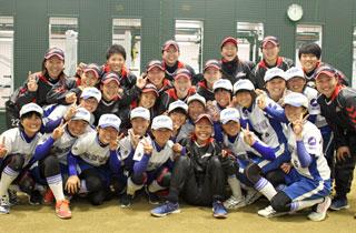 #013 日本精工 ブレイブベアリーズ× 滋賀学園高校女子ソフトボール部のサムネイル画像